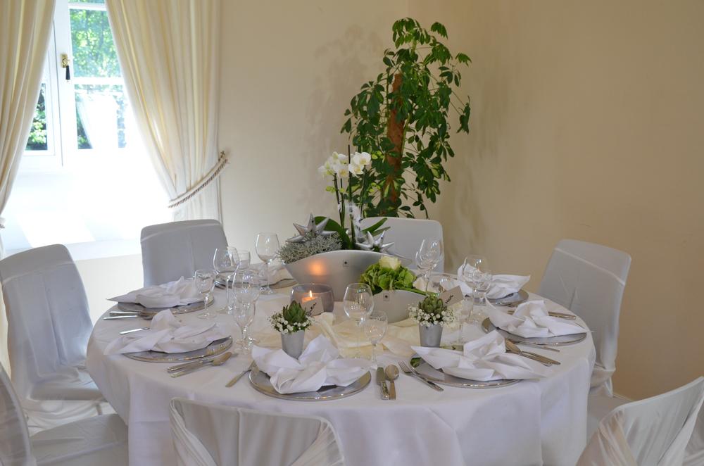 Tischdeko winterhochzeit  VALENTINO Hochzeitsdeko | Ein Blog voller Dekoideen Winterliche ...